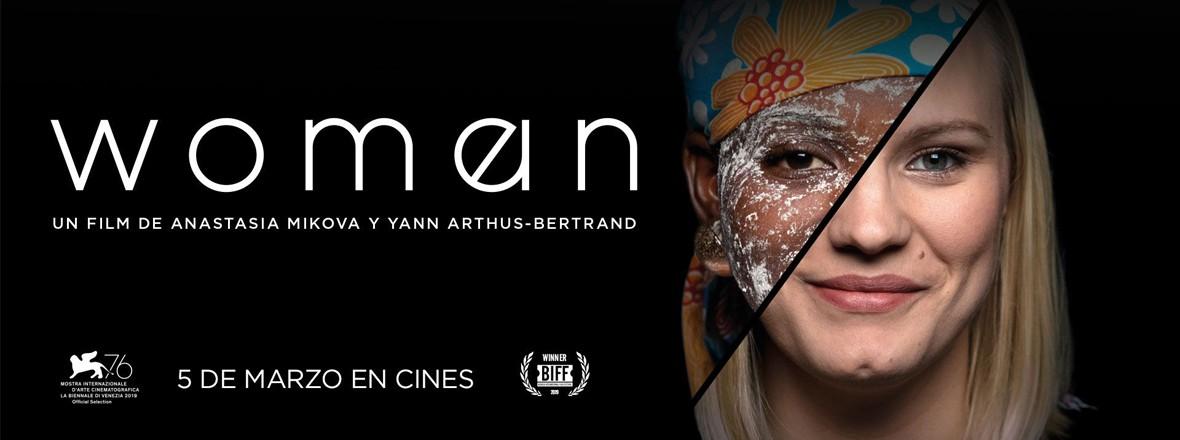 D - WOMAN URBAN